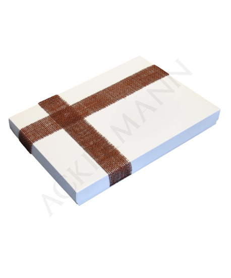 Gift box - white lacquer in gloss v4